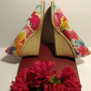 Toms Flowery Multi-Color Wedges